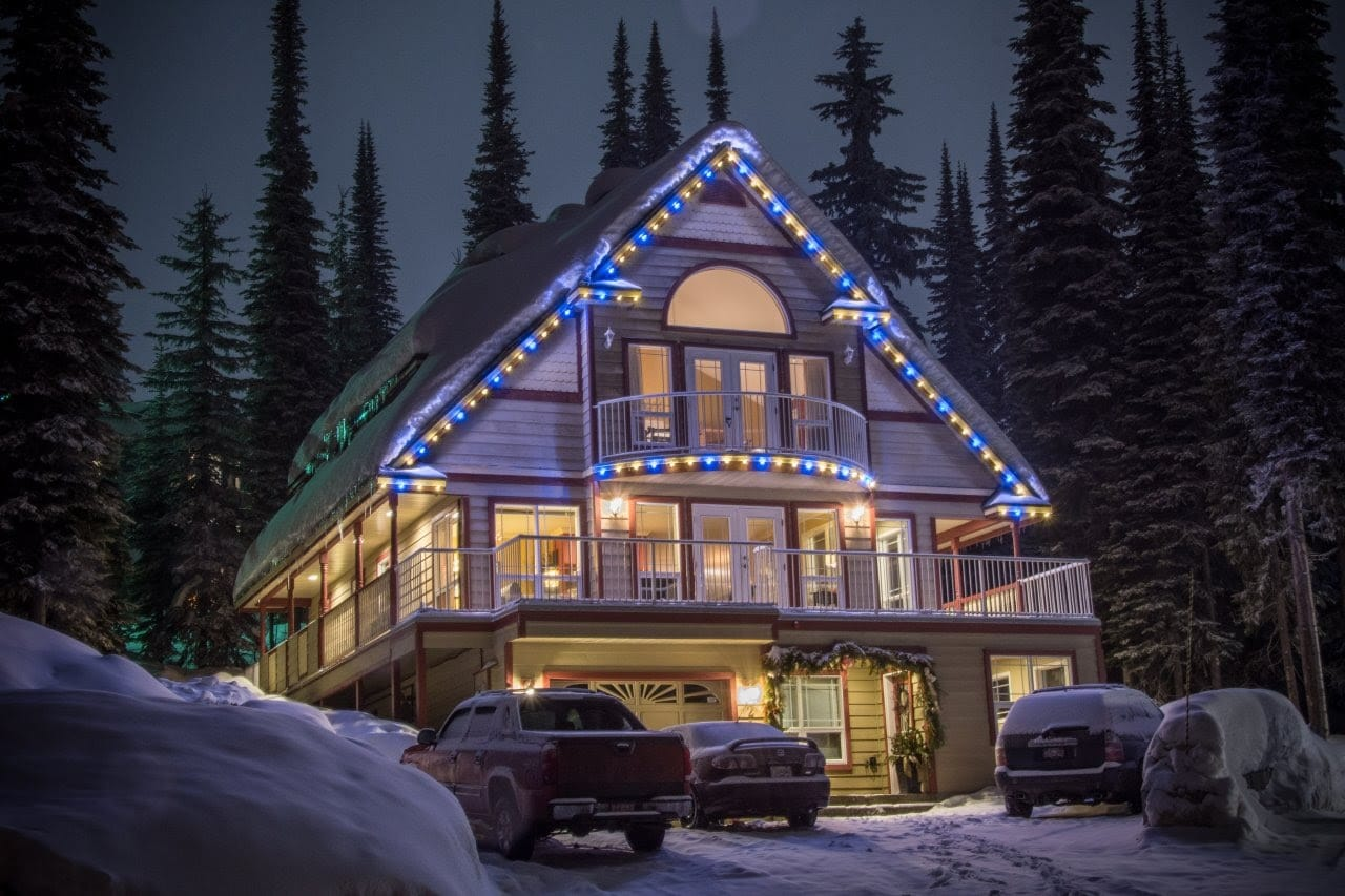 FestLight - Christmas Roof Line - Residential Installation - Blue and Warm White